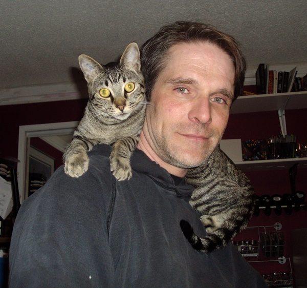 Oliver on shoulders
