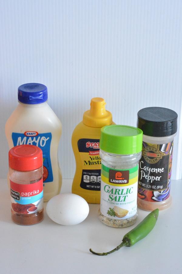 Spicy Deviled Eggs ingredients