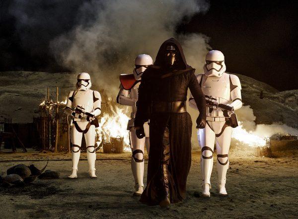 Star Wars: The Force Awakens Kylo Ren (Adam Driver) with Stormtroopers Ph: David James ©Lucasfilm 2015