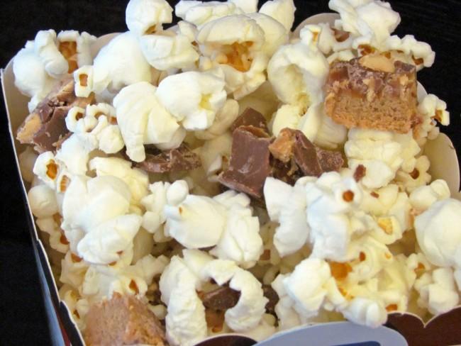 peanuts popcorn close up