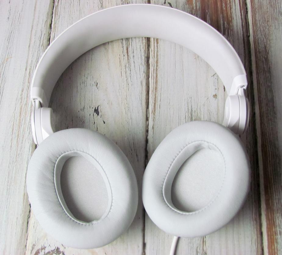 altec white ear padding