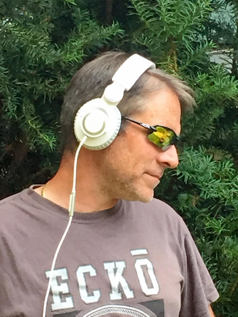 altec kickback headphones
