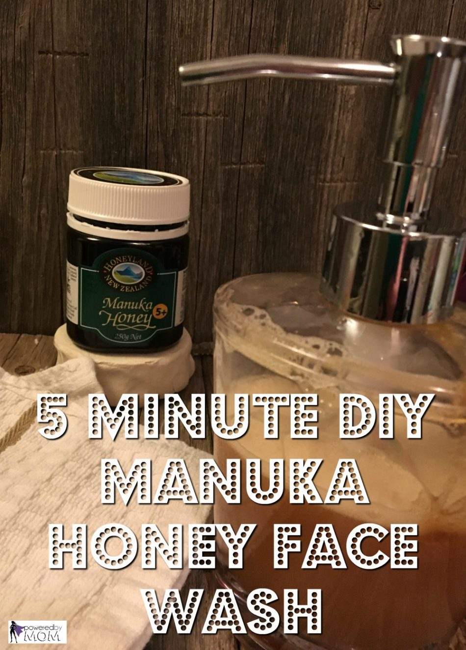 5 Minute Manuka Honey Face Wash with essential oils DIY