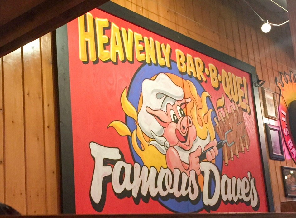 famous Dave's sign