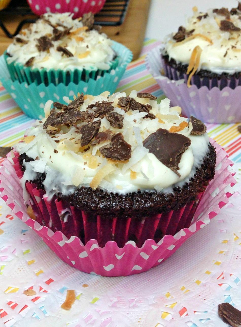 Chocolate Cupcakes vertical 1