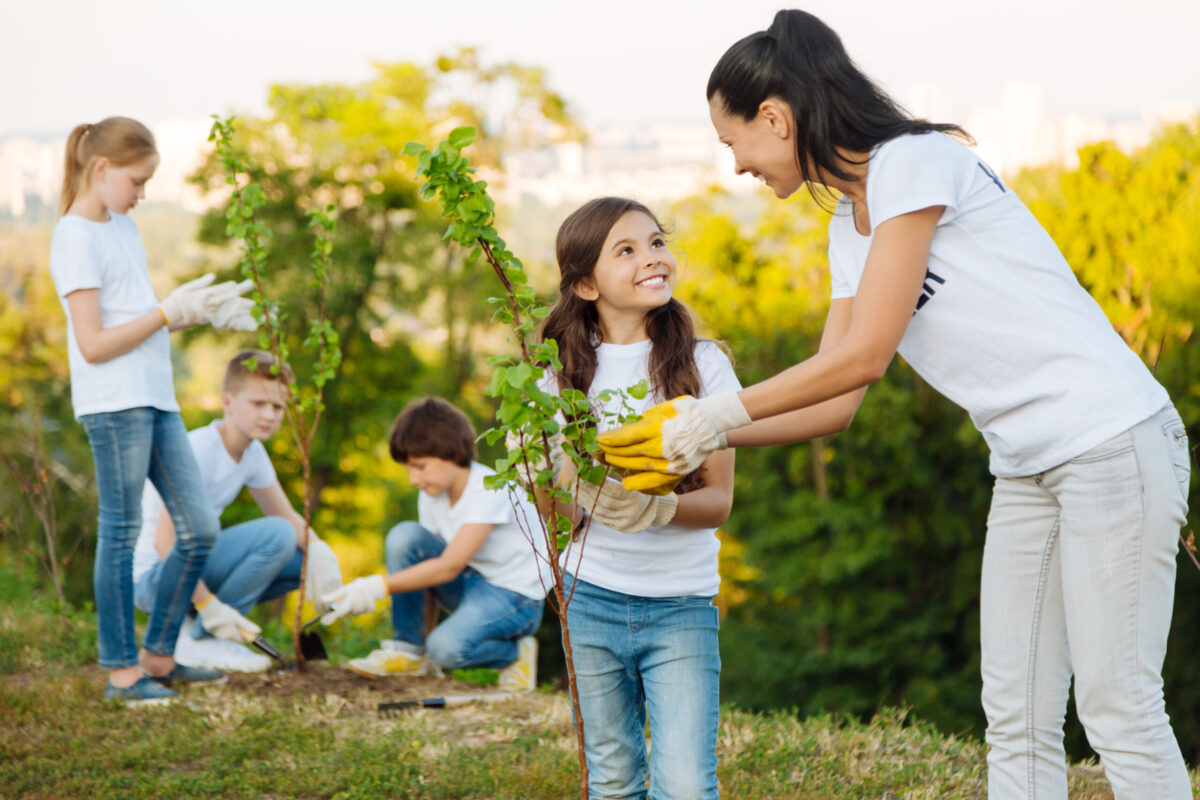 benefits to kids gardening
