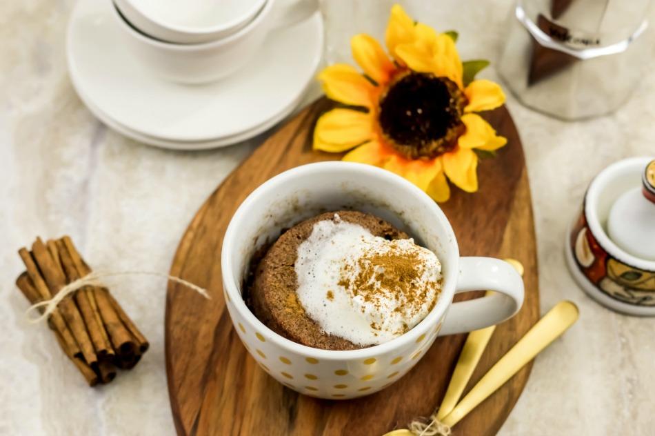 A Healthy Mug Cake-Paleo Cinnamon Coffee Mug Cake