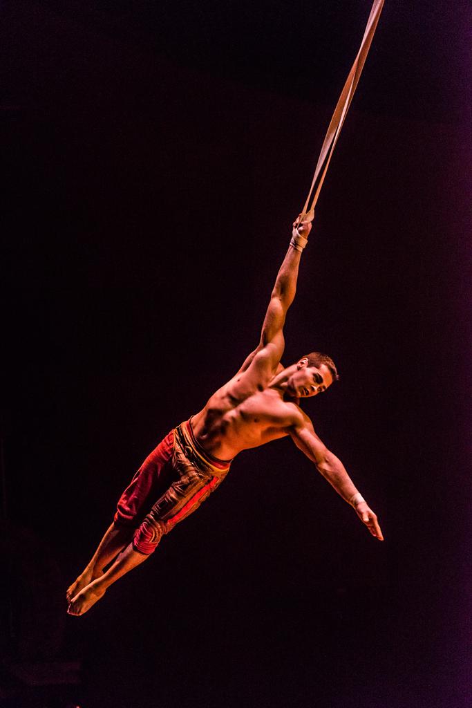Cirque du Soleil Kurios Review of Cabinet of Curiosities.