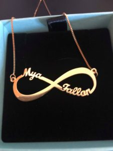 5 Reasons to Buy Personalized Jewelry