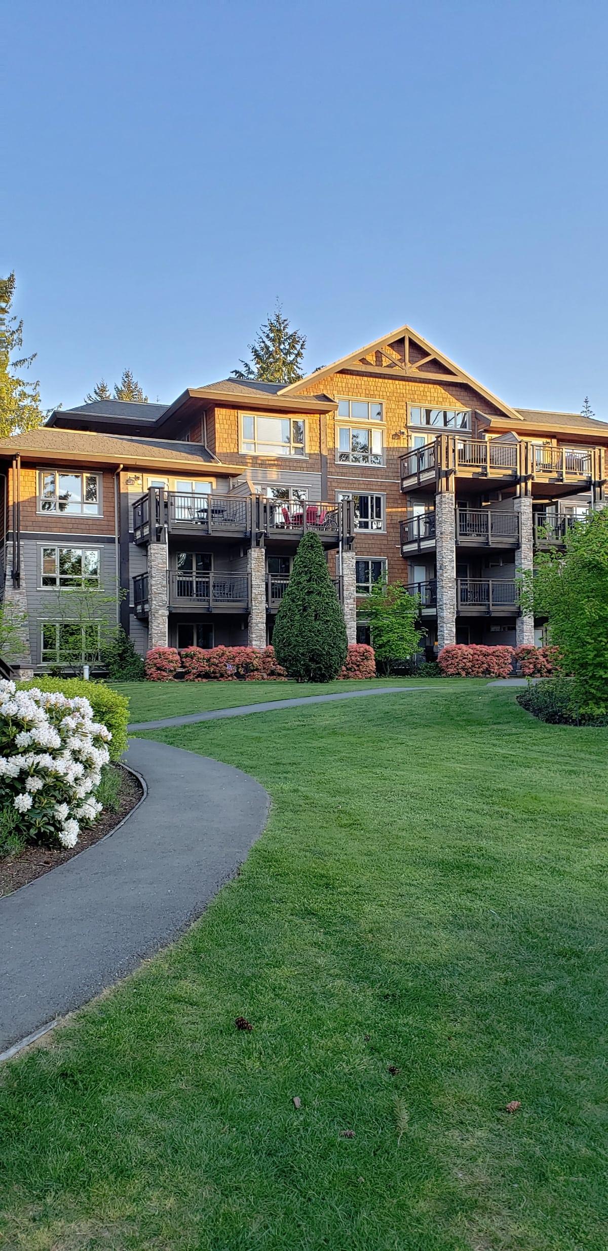 Sunrise Ridge Resort Parksville British Columbia girls getaway