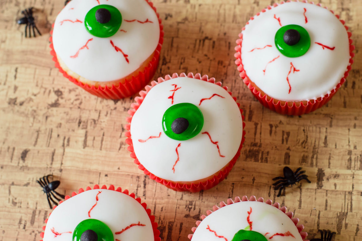 Halloween Eyeballs Easy Halloween Cupcakes Recipe