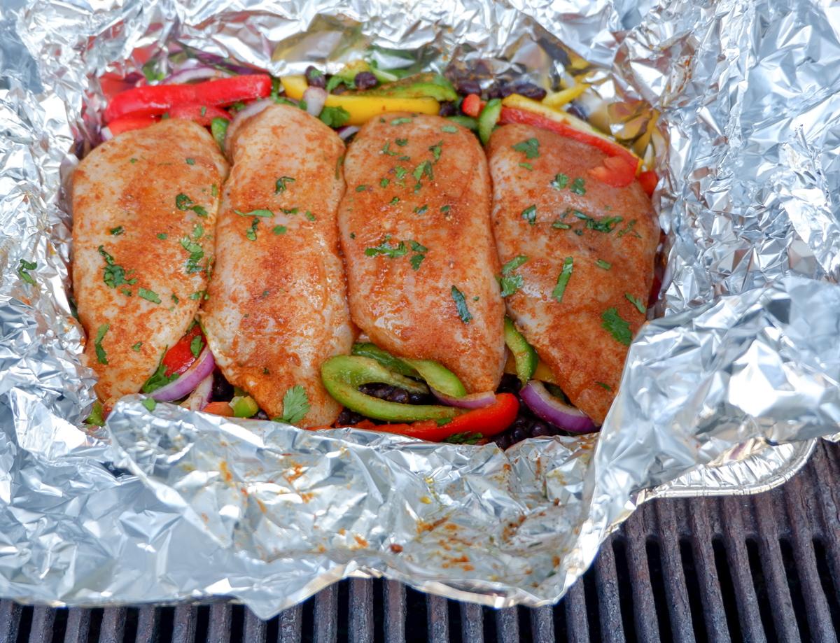 chicken fajita foil packets on the grill