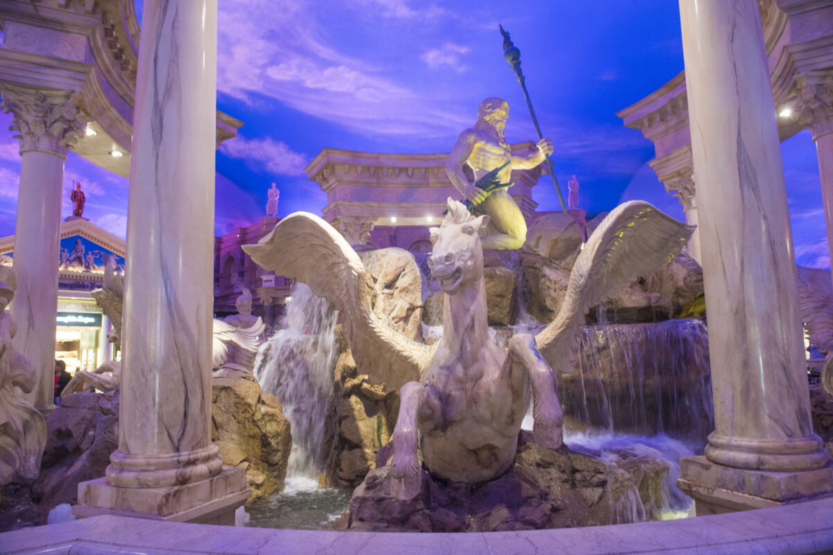 statues at Ceasar's Palace